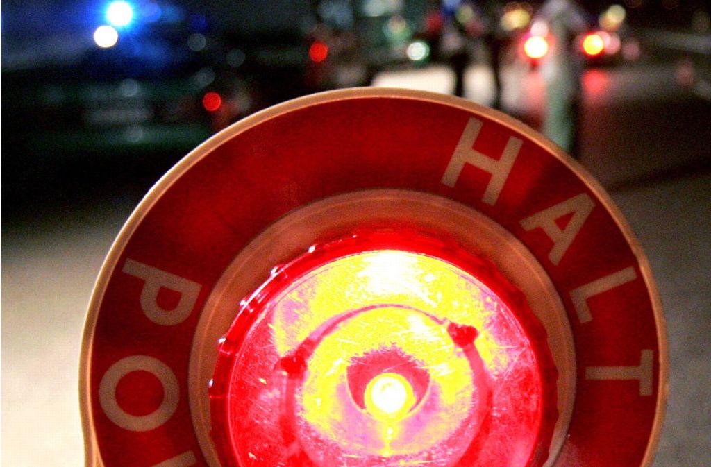 Eine Verkehrskontrolle der Polizei in Korb ist zu einer gefährlichen Angelegenheit geworden. Foto: dpa