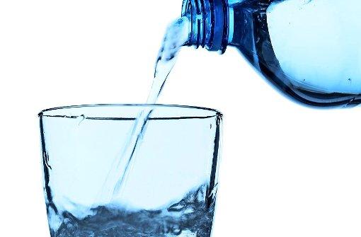 weisheiten und mythen neun fakten rund ums trinkwasser wissen stuttgarter zeitung. Black Bedroom Furniture Sets. Home Design Ideas
