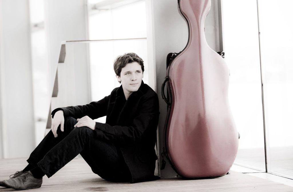 Der Cellist Maximilian Hornung  Foto: Marco Borggreve