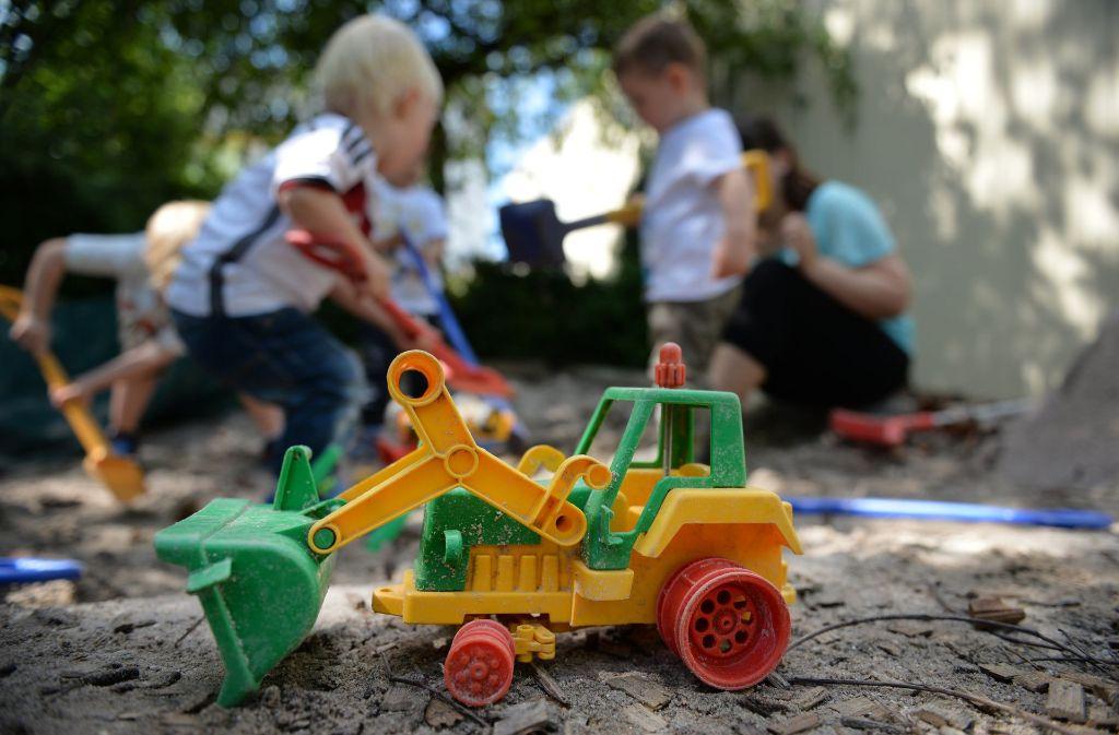 Ein Lieblingsort für viele Kinder: der Sandkasten Foto: dpa
