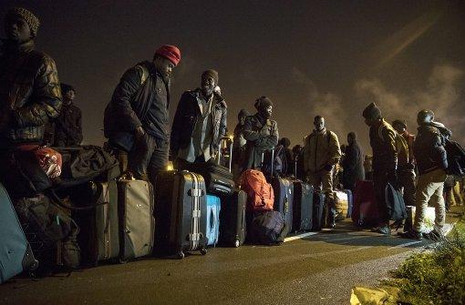 Auflösung des Flüchtlingslagers hat begonnen
