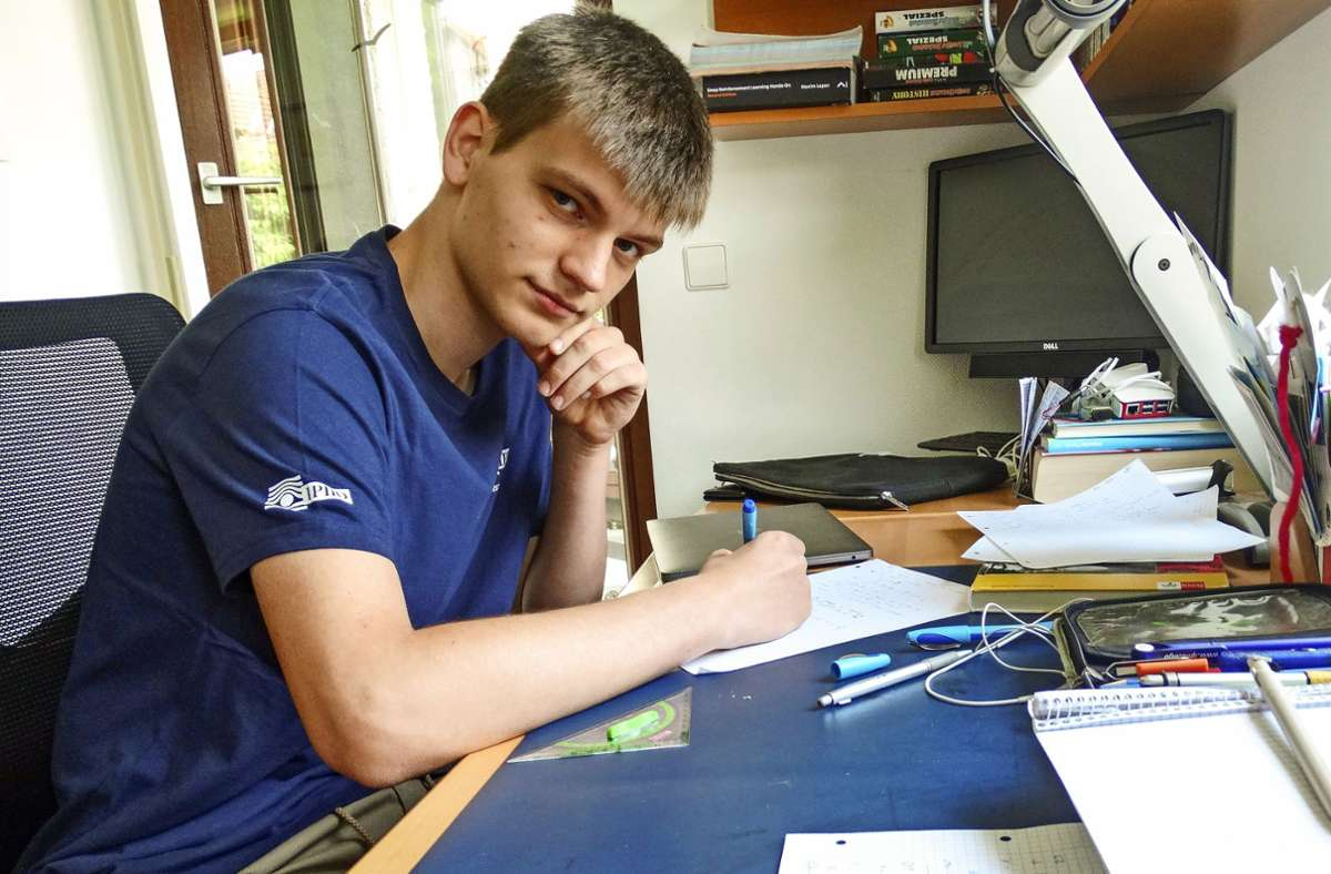 Sean Sdahl hat in diesem Jahr an zahlreichen naturwissenschaftlichen Olympiaden teilgenommen. In Physik hat er es bis in die internationale Runde geschafft. Foto: /Silas Schwab