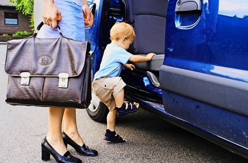 Gut ausgebildet, Mutter mit Teilzeitjob – und trotzdem schlecht abgesichert Foto: photothek