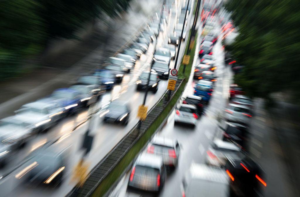 Zum Ferienende rechnet der ADAC mit vollen Straßen (Symbolfoto). Foto: dpa