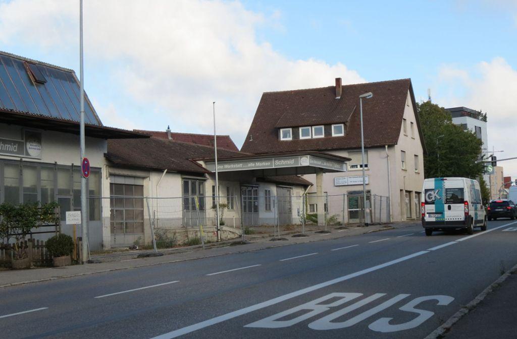 In Bernhausen, dort wo früher eine Autowerkstatt war, soll ein Hotel entstehen. Foto: Otto-H. Häusser