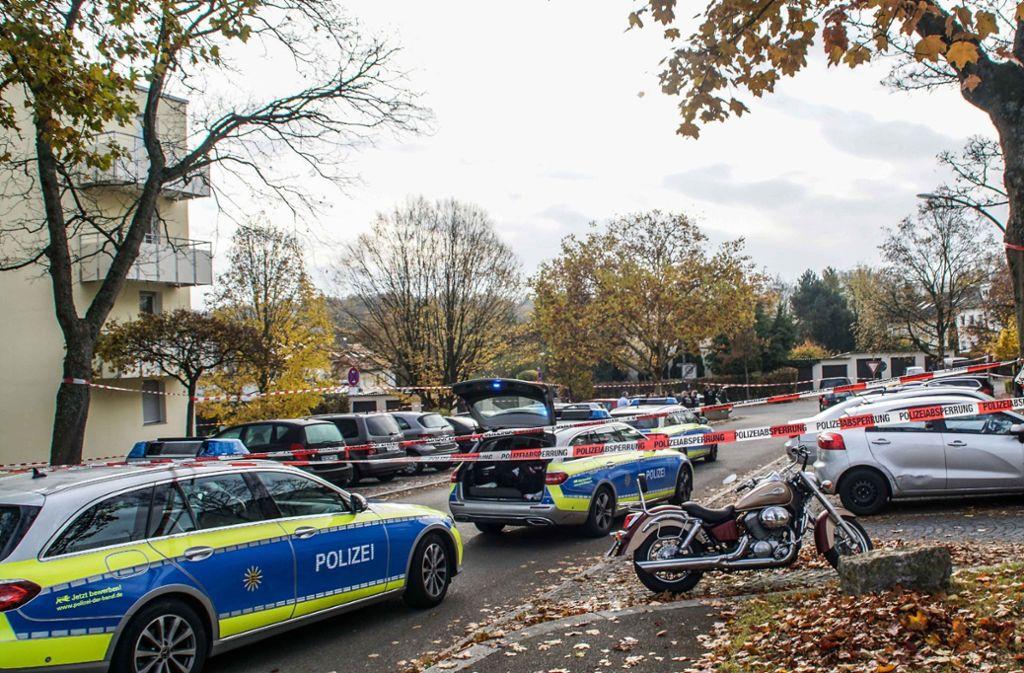 Der Mann hatte seine von ihm getrennt lebende Frau auf einem Parkplatz in Sindelfingen attackiert. Foto: SDMG