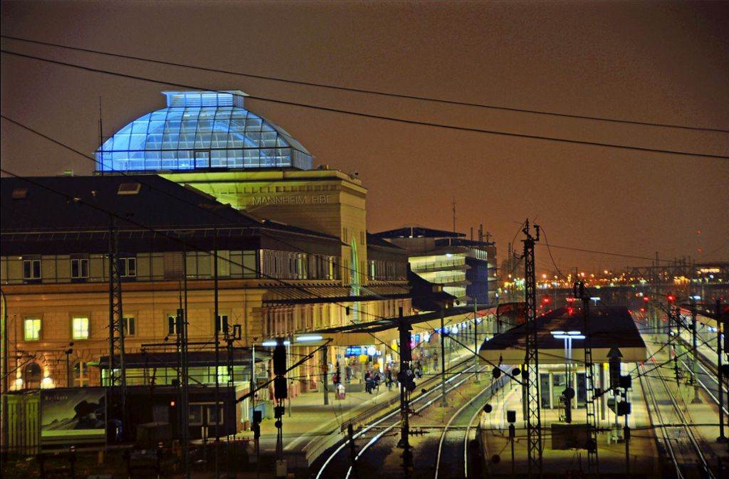 Der Bahnhof in Mannheim ist ein Knotenpunkt, der in die Top-Kategorie des Bundesverkehrswegeplans gestuft wurde. Foto: deacademic