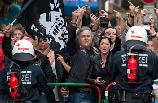 In Göppingen fand am Samstag eine Neonazi-Demo statt. Begleitet wurde sie von Ausschreitungen zwischen der Polizei und linken Aktivisten. Foto: dpa