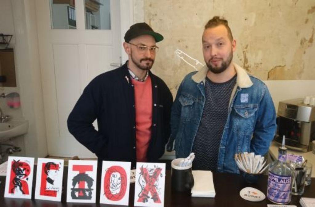 Retox statt Detox: Benni Erbsland (links) und Stoff Büttner versüßen die Weihnachtszeit. Foto: Björn Springorum