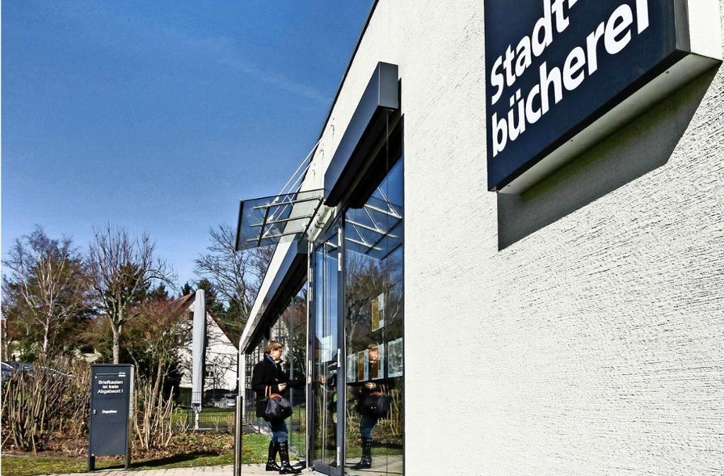 Die Leonberger gehen gerne in ihre Stadtbücherei. Foto: factum/Bach