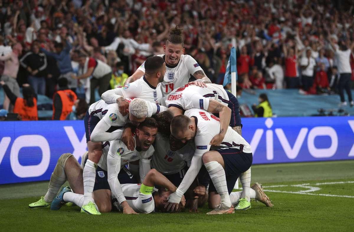 England jubelt über das 2:1 von Harry Kane und den Finaleinzug. Foto: dpa/Laurence Griffiths