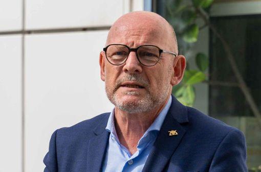Winfried Hermann will schärfere Sanktionen für Raser