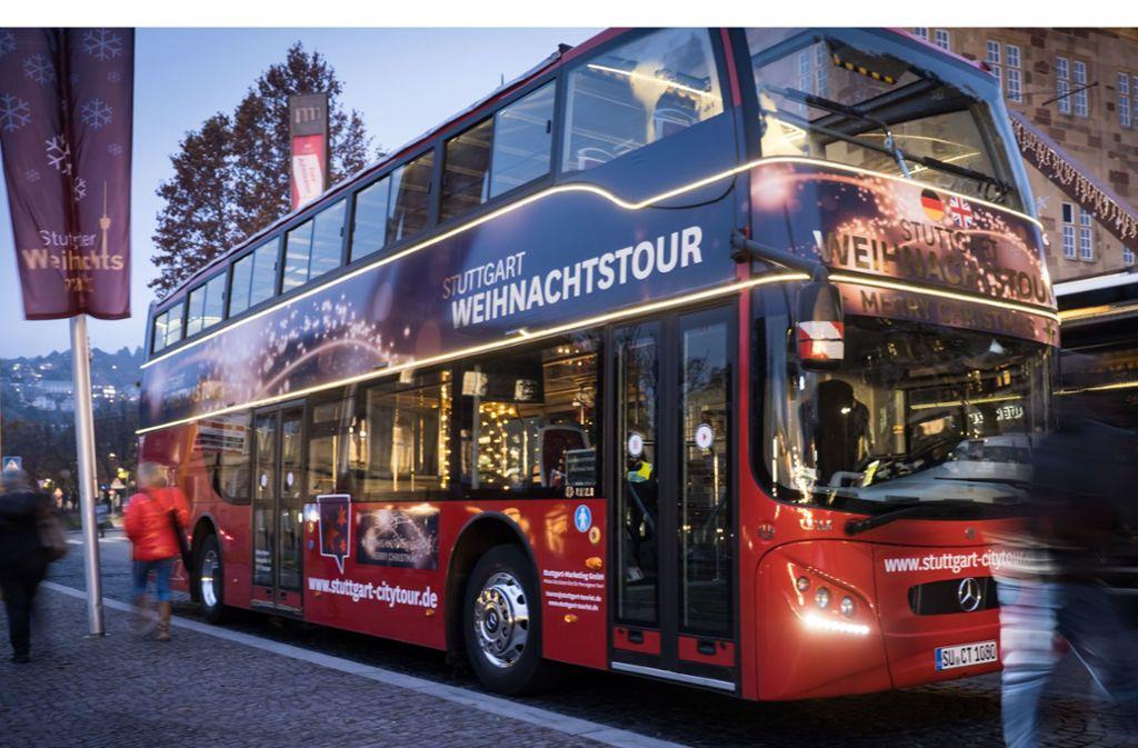 Auf Tour mit dem Weihnachtsbus Foto: Lichtgut/Achim Zweygarth