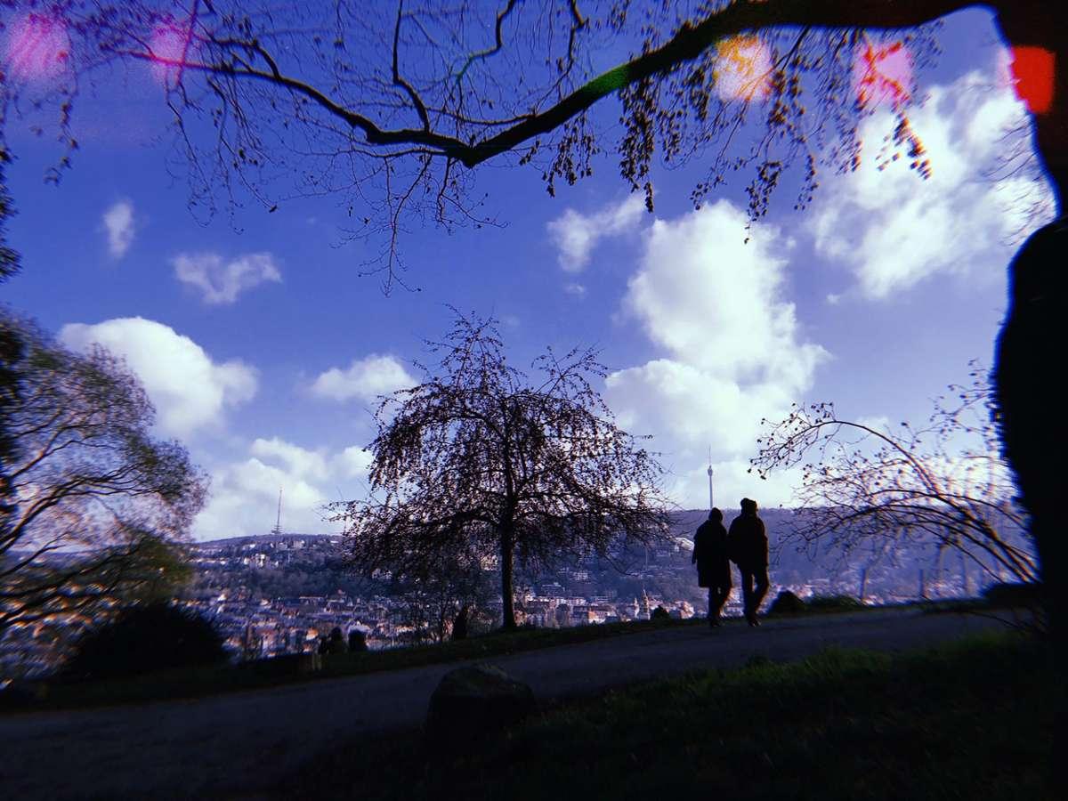 Wir verreisen gern in der eigenen Stadt – am liebsten zu Fuß. Auf dem Blaustrümpflerweg haben wir Stuttgart neu erlebt und sind begeistert. Foto: Stadtkind/Tanja Simoncev