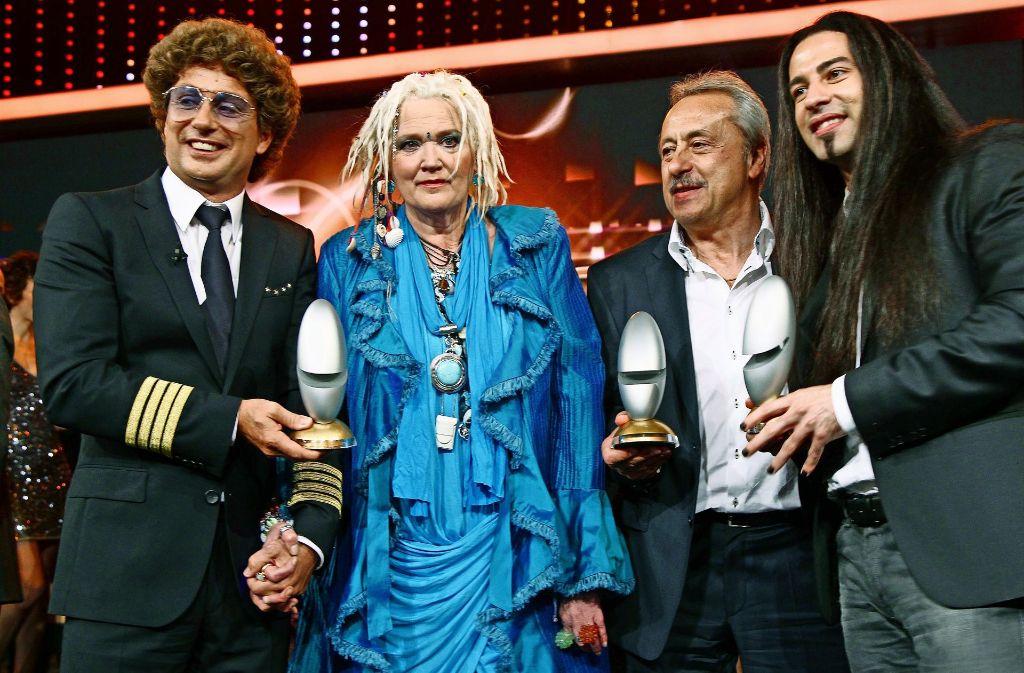 Gaby Köster 2012 bei der Verleihung des Deutschen Comedypreises (mit Atze Schröder, Wolfgang Stumph und Bülent Ceylan, v. li.). Foto: dpa