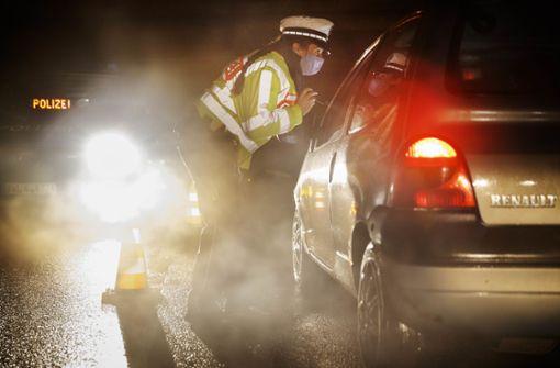 Polizeikontrollen, Querdenker-Demo und Glühwein-Pilgern