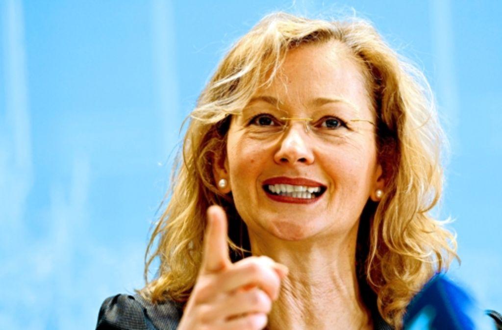 Kultusministerin Gabriele Warminski-Leitheußer (SPD) muss nachrechnen. Foto: dpa