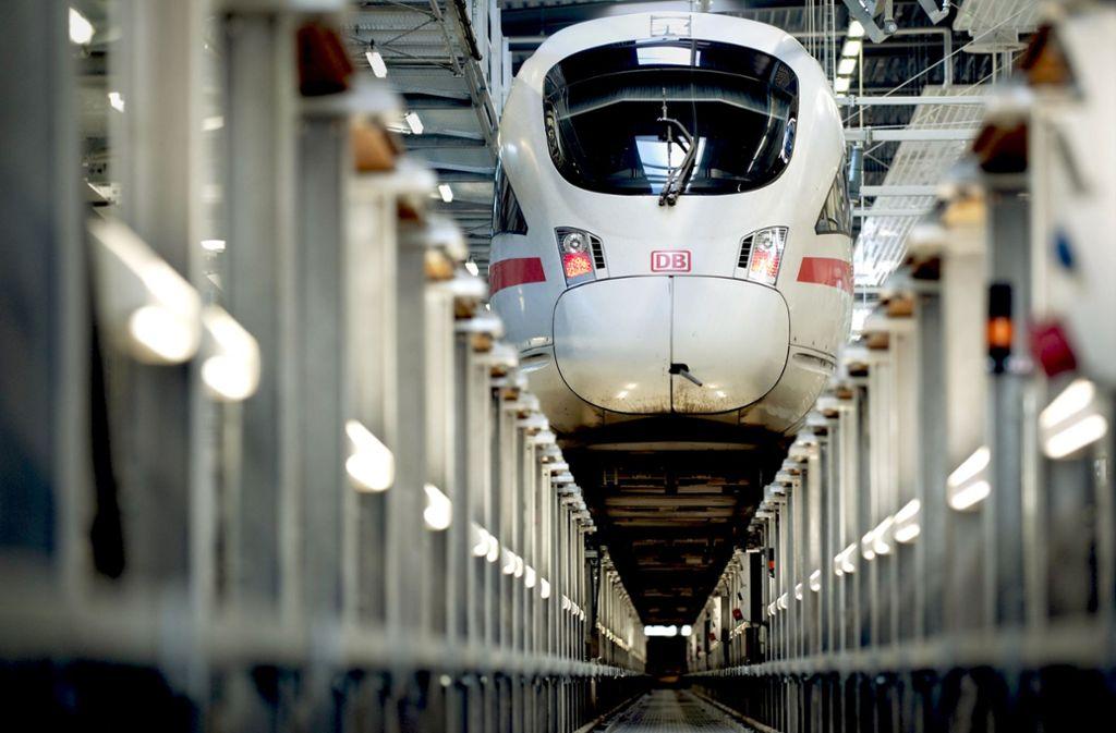 Bei der Bahntechnikfusion  würden auch die Hochgeschwindigkeitszüge ICE und TGV  unter ein  Dach kommen. Foto: dpa