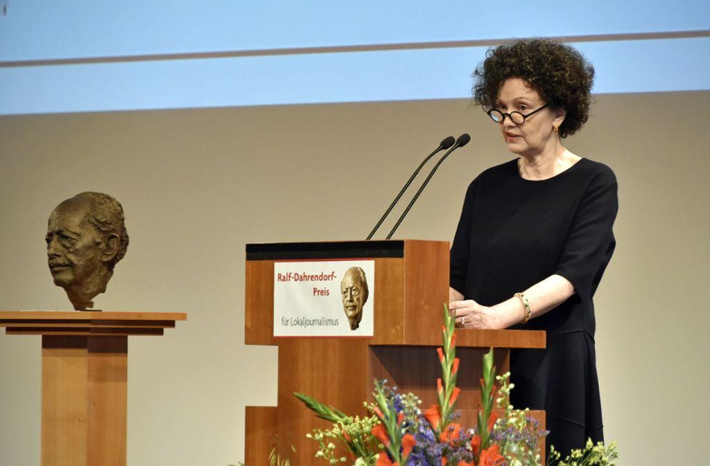 Lady Christiane Dahrendorf, Schirmherrin des Ralf-Dahrendorf-Preises bei der Feierstunde im Konzerthaus in Freiburg. Foto: Michael Bamberger