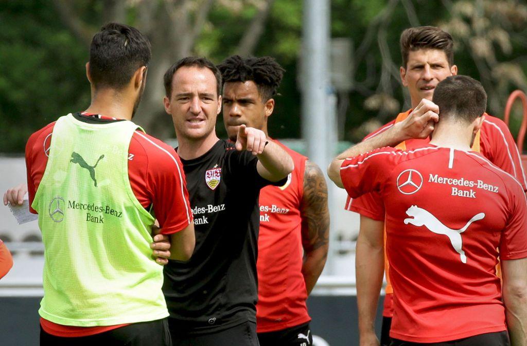 Nico Willig weist seit dieser Woche als Interimstrainer beim VfB Stuttgart den Weg. Foto: Baumann