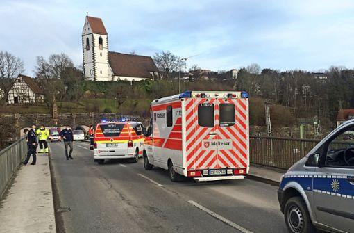 Mann mit Suizidabsicht von der Neckarbrücke geholt