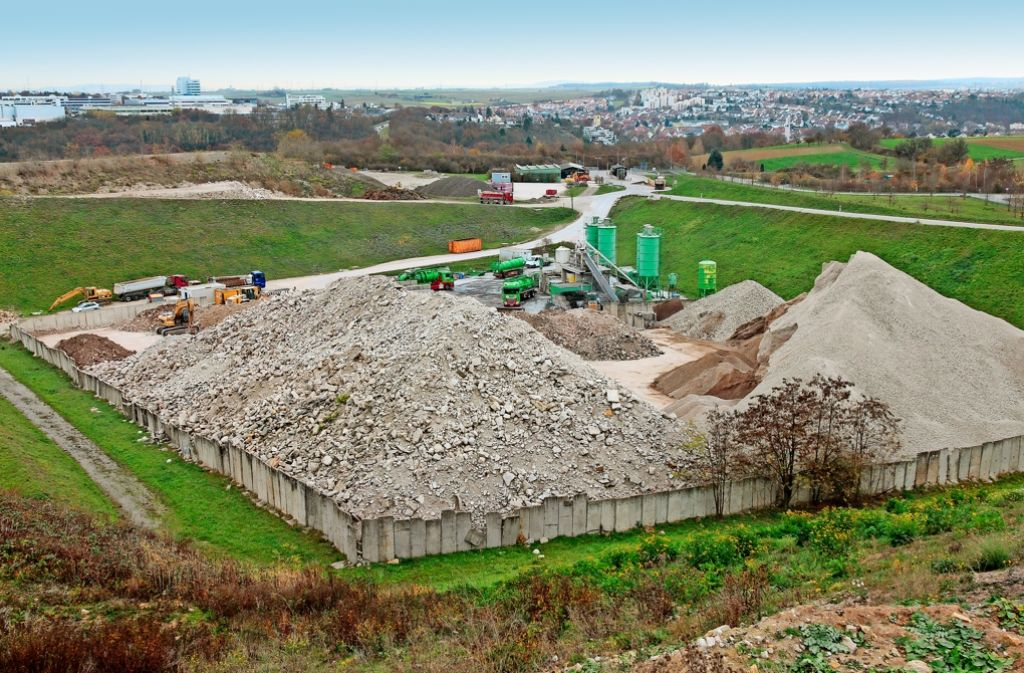 Bauschutt aus atomaren Anlagen ist im Froschgraben gelandet. Wer überprüft nun die Folgen? Foto: factum/Granville