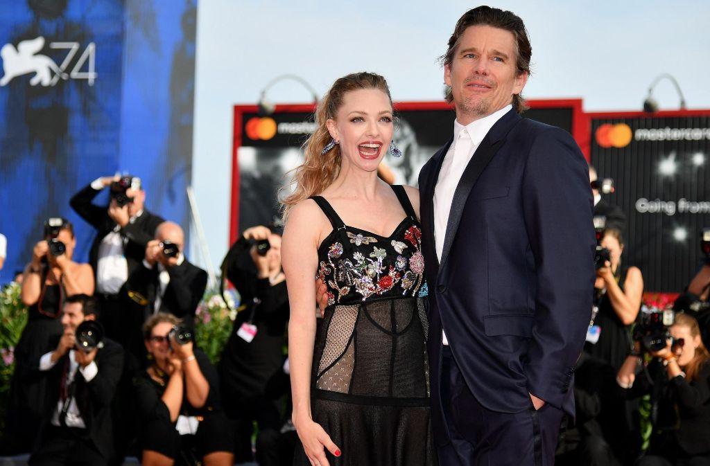 Die Schauspieler Amanda Seyfried und Ethan Hawke sind zu Gast in Venedig. Foto: AP