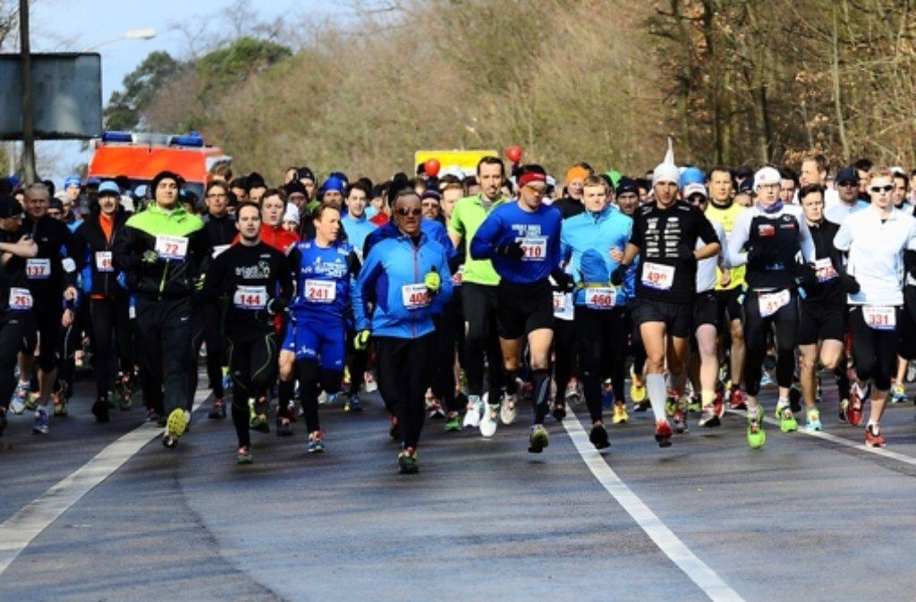 Die Läufer machen sich Foto: Andreas Gorr