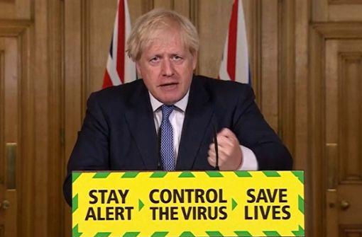Weitere Lockerungsmaßnahmen in ganz England gestoppt