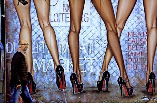 Der öffentliche Raum in westlichen Ländern ist visuell durchsexualisiert –  viele gucken darum gelangweilt weg. Foto: Mauritius