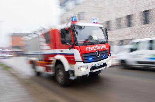 Mehrere Brände –  Brandstiftung möglich