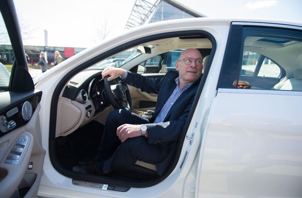 Verkehrsminister Winfried Hermann verteidigt die Fahrverbote. Foto: dpa