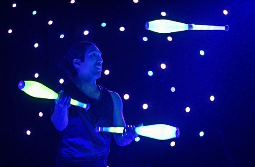 Eröffnungsgala mit LED-Jonglage