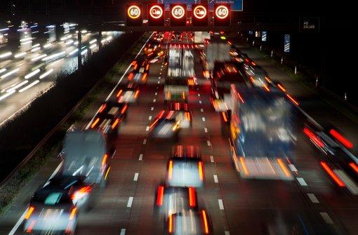 Verkehrsministerium prüft CO2-Werte von Autos