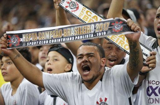 Zahlreiche Spieler von Fußball-Erstligist positiv auf Coronavirus getestet