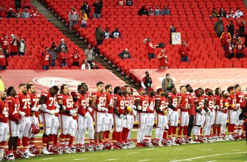 NFL-Fans buhen Spieler für Anti-Rassismus-Gesten aus