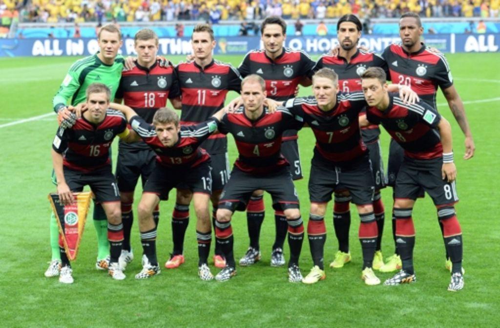 Die Spieler der DFB-Elf im WM-Halbfinale gegen Brasilien unterziehen wir in der folgenden Bilderstrecke einer Einzelkritik. Foto: dpa
