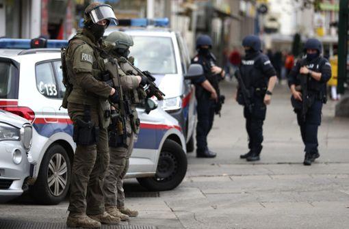 Zwei Männer mit möglicher Verbindung zu Wien-Anschlag