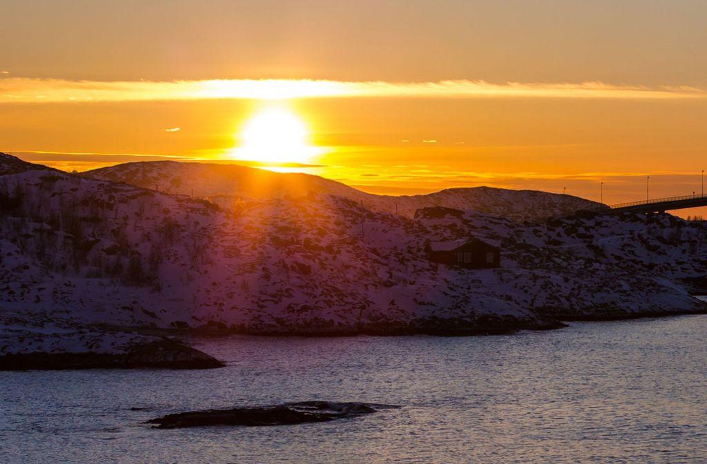 Auf der Insel Sommarøy wollen die Bewohner die Zeit abschaffen. Foto: dpa