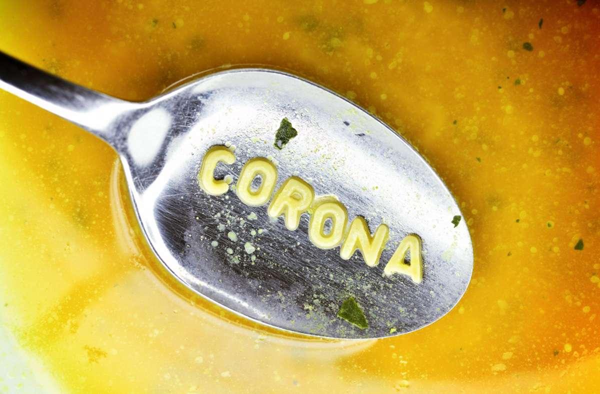 Es ist allgegenwärtig: Corona. Foto: imago images/Christian Ohde