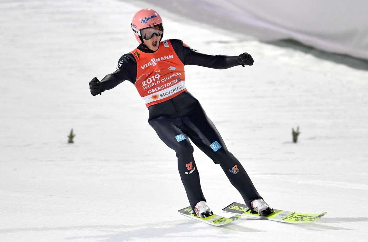 Hatte bei der Nordischen Ski-WM in Oberstdorf reichlich Grund zum Jubeln – Skispringer Karl Geiger war ein fleißiger Medaillensammler. Foto: imago//Frank Hörmann