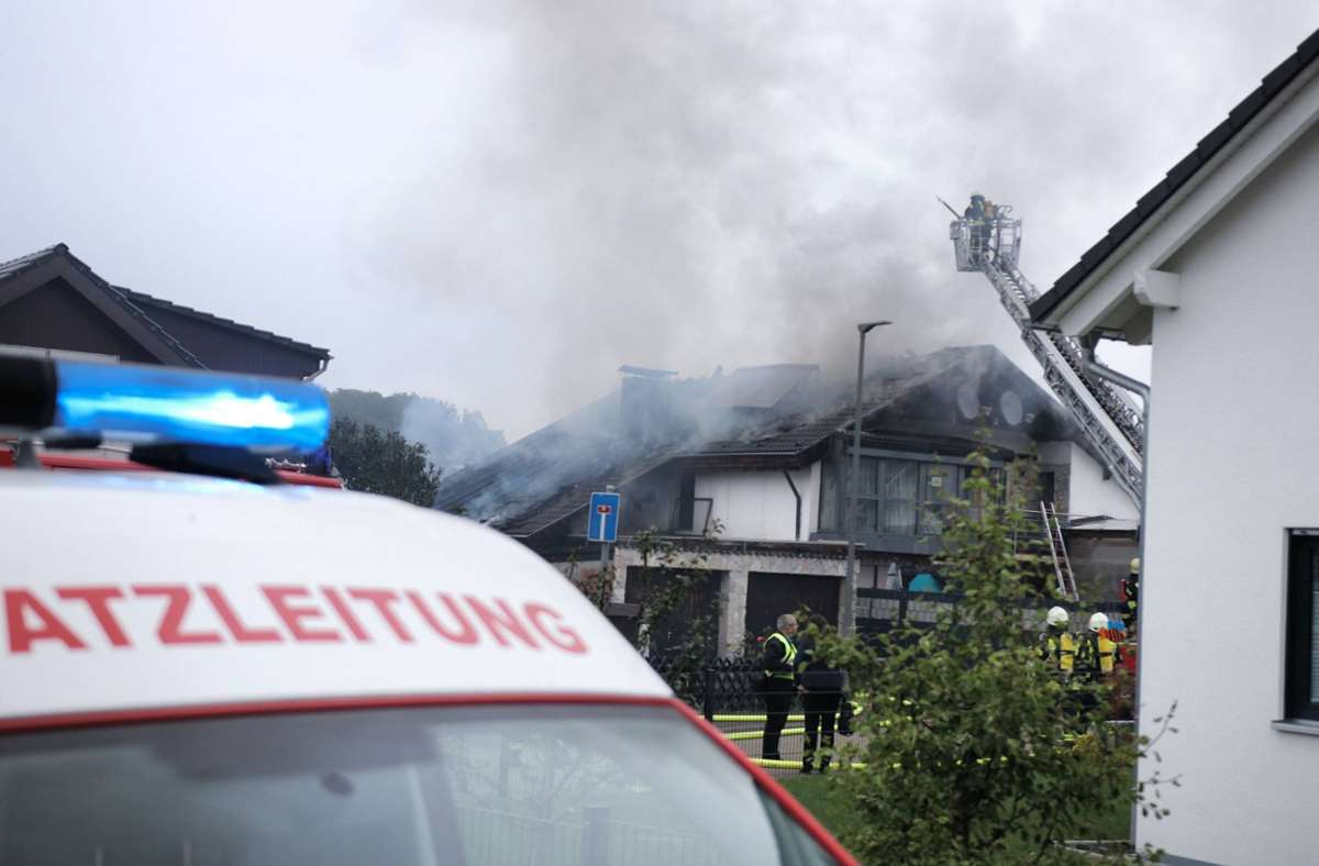 Zwei Hunde waren bei dem Brand in Lorch verletzt worden. Foto: 7aktuell.de/Kevin Lermer