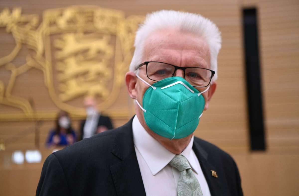 Winfried Kretschmann hat die Kritik des Steuerzahlerbunds an seiner Regierungsaufstellung scharf zurückgewiesen. Foto: AFP/MARIJAN MURAT