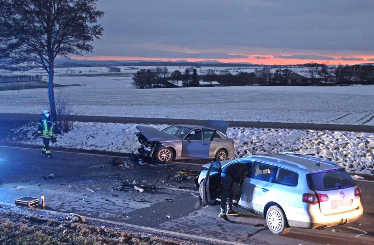 Drei Menschen wurden bei dem Unfall schwer verletzt. Foto: SDMG/SDMG / Schulz