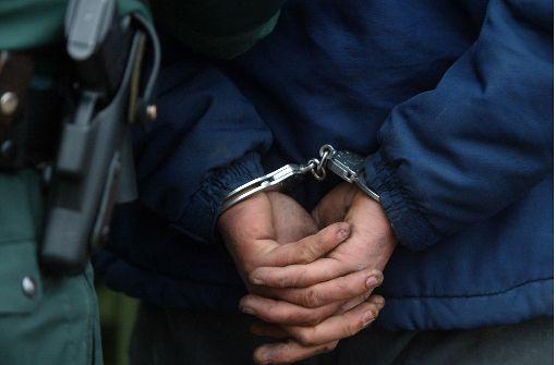 Dschihadistin mit vier Kindern festgenommen