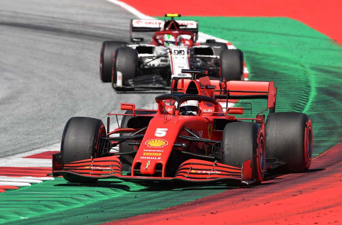 Sebastian Vettel landete am Ende auf dem zehnten Platz. Foto: AFP/JOE KLAMAR