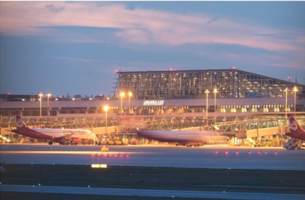 Der Aufsichtsrat möchte, dass der Stuttgarter Flughafen nach Manfred Rommel benannt wird. Foto: dpa