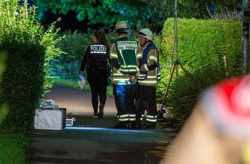 Brutaler Überfall in Wohnung – drei Täter flüchtig