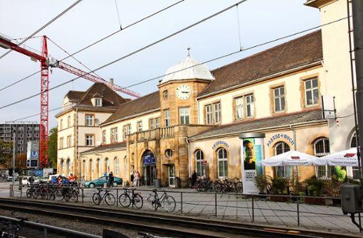 Das Bahnhofsgebäude wird  modernisiert