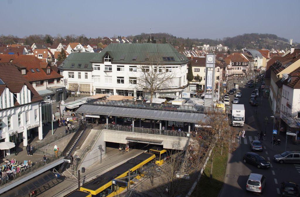 Rund um den Weilimdorfer Löwen-Markt soll sich in den nächsten Jahren einiges ändern. Das Büro Dr. Donato Acocella hat Vorschläge gemacht. Foto: Archiv Leonie Schüler